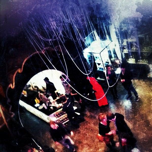 Foto diambil di Common People oleh Lenny A. pada 11/17/2011