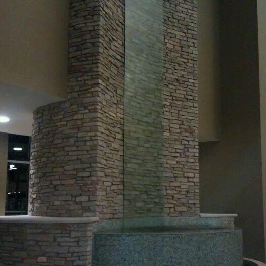 1/3/2012 tarihinde Brandy B.ziyaretçi tarafından Eastview Christian Church'de çekilen fotoğraf