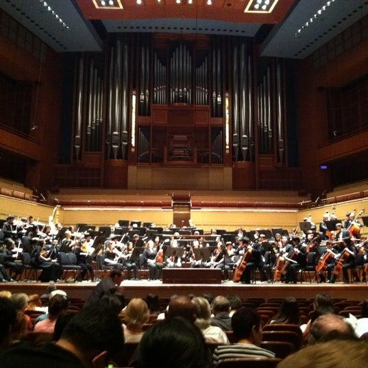 Foto tirada no(a) Morton H. Meyerson Symphony Center por Sarah L. em 5/23/2011