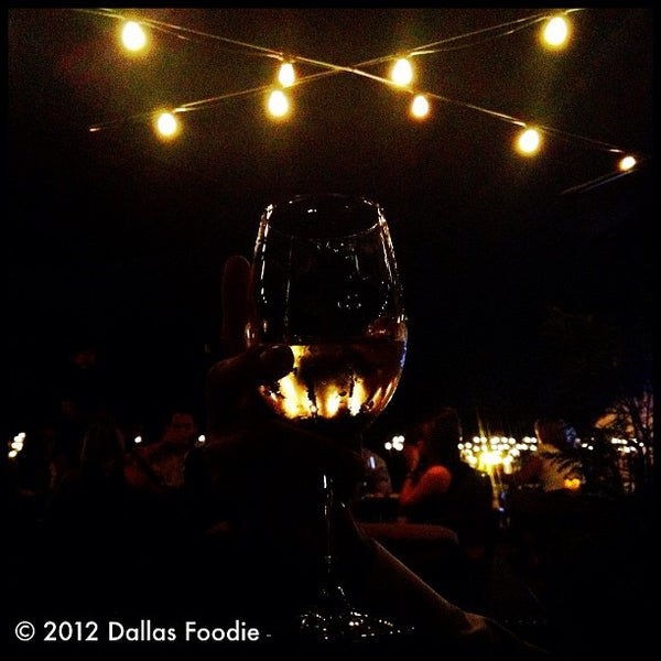 Foto scattata a Terilli's da Dallas Foodie (. il 8/12/2012