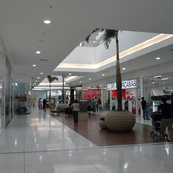 รูปภาพถ่ายที่ Shopping Park Europeu โดย Roberto N. เมื่อ 9/2/2012