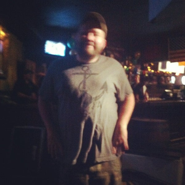 Foto scattata a Obannon's Tap House da Blaggards il 7/28/2012