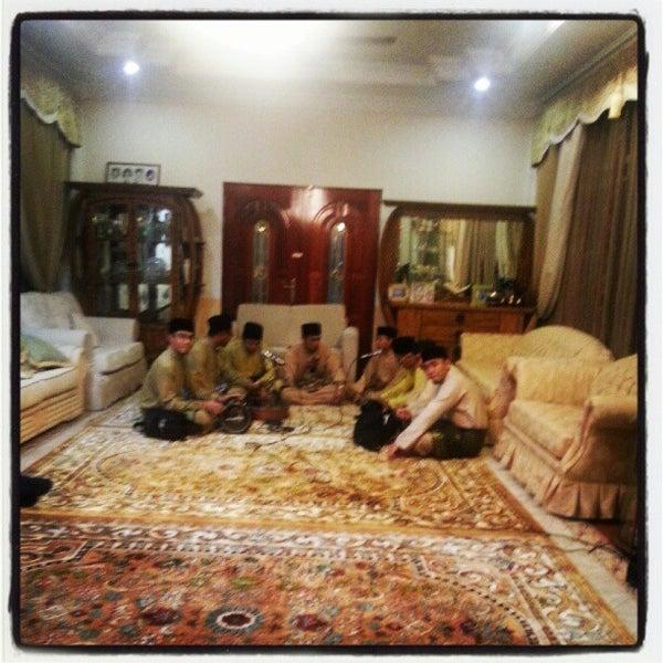 8/30/2012 tarihinde husini b.ziyaretçi tarafından Masjid Al-Ameerah Al-Hajjah Maryam, Kg Jerudong'de çekilen fotoğraf