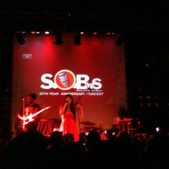Снимок сделан в S.O.B.'s пользователем C Lo G. 7/11/2012