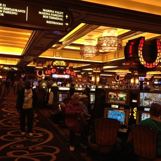 รูปภาพถ่ายที่ Horseshoe Hammond Casino โดย Christopher C. เมื่อ 7/28/2012