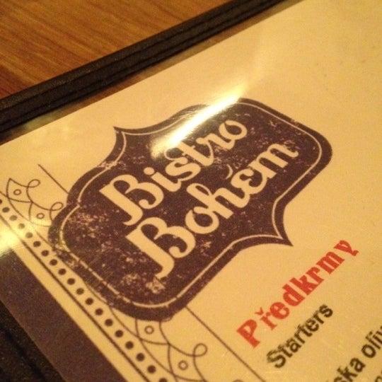 Photo prise au Bistro Bohem par Aaron B. le4/14/2012