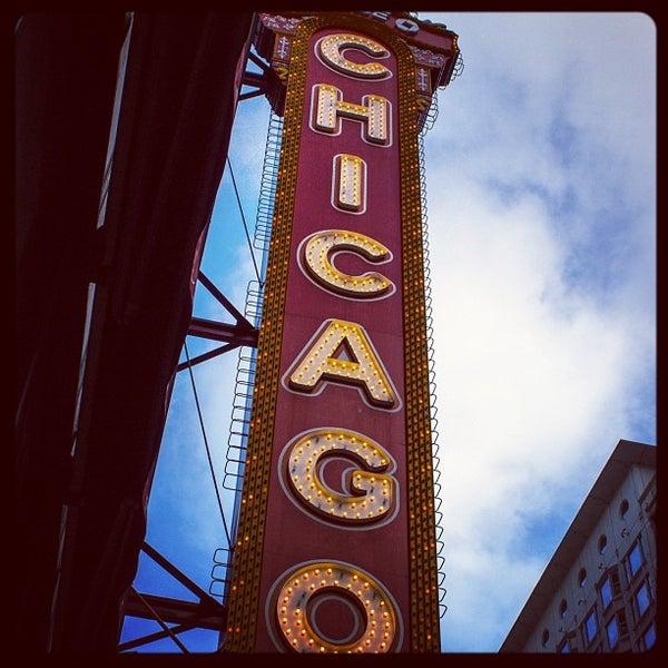 9/9/2012에 James W.님이 The Chicago Theatre에서 찍은 사진