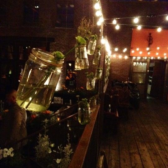 Снимок сделан в MyMoon Restaurant пользователем Scott J. 6/10/2012
