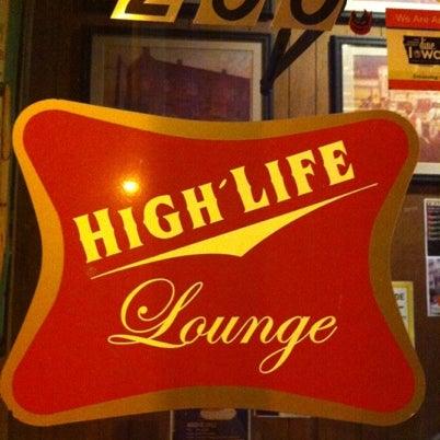 8/24/2012にTony Z.がHigh Life Loungeで撮った写真