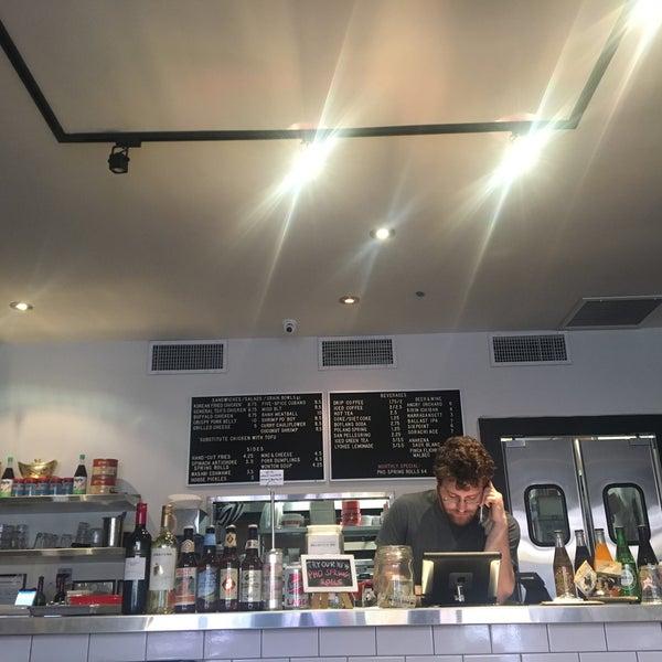 4/11/2017にAshley H.がRed Star Sandwich Shopで撮った写真
