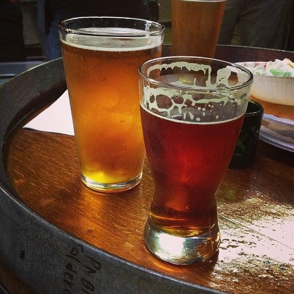3/15/2013にJoel L.がBelching Beaver Breweryで撮った写真