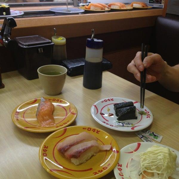 รูปภาพถ่ายที่ スシロー 瀬田店 โดย momo เมื่อ 6/8/2013