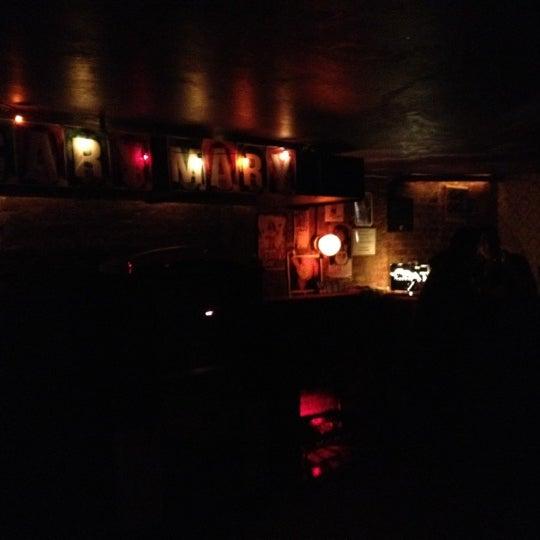 Das Foto wurde bei Nowhere Bar von turista31 am 12/1/2012 aufgenommen