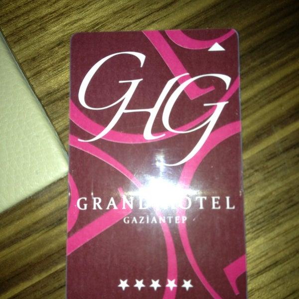Das Foto wurde bei Grand Hotel Gaziantep von BERŞAN KARADAYI am 5/18/2013 aufgenommen