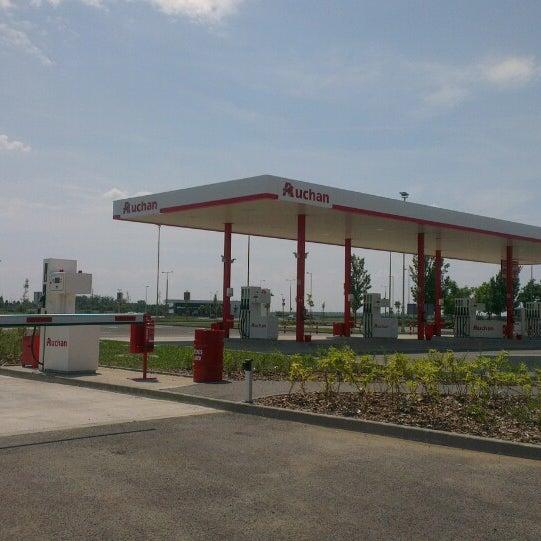 Auchan Szolnok Benzinkút Gas Station