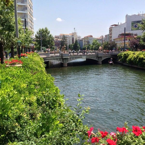 7/6/2013 tarihinde Sinan T.ziyaretçi tarafından İpek Böceği Cafe'de çekilen fotoğraf