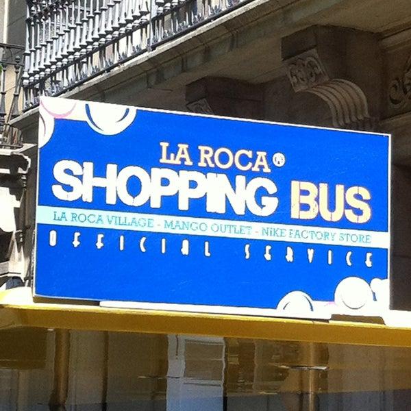 Enmarañarse mediodía Parcial  La Roca Shopping Bus - Bus Station in Barcelona