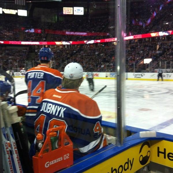2/23/2013 tarihinde Cynthia S.ziyaretçi tarafından Northlands Coliseum'de çekilen fotoğraf