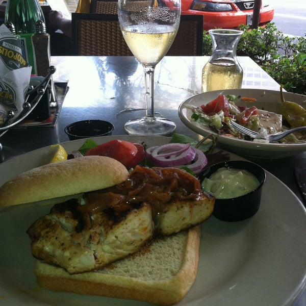 The mahi mahi sandwich is Perfect!!