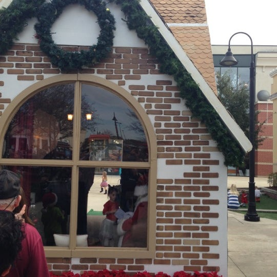 Town Center Jacksonville Fl: Santa Pictures At St. Johns Town Center (Now Closed