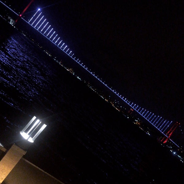 Photo prise au İnci Bosphorus par Merve E. le11/30/2019
