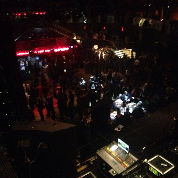 Photo prise au Moon Nightclub par Mike B. le1/7/2014