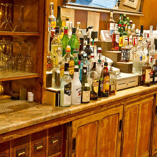 Foto scattata a Milk Bar & Bistro da Milk Bar & Bistro il 8/12/2013