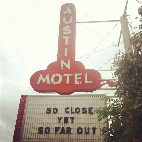 10/13/2012にChrysanthe T.がSnack Barで撮った写真