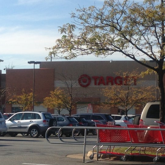 Снимок сделан в Target пользователем Susan 🌺☕️💊 M. 10/17/2012