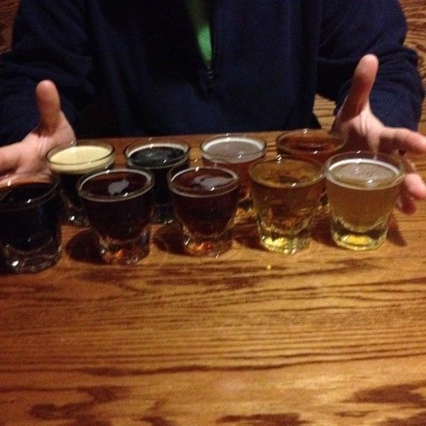 รูปภาพถ่ายที่ Firehouse Brewing Company โดย Lauren L. เมื่อ 11/4/2013