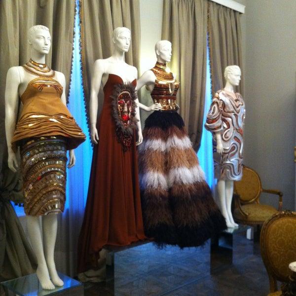 Дом моды валентина юдашкина вакансии модельное агенство иваново