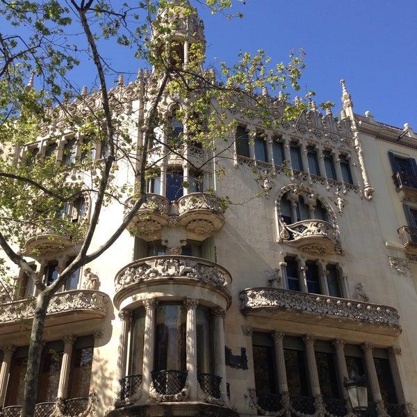 รูปภาพถ่ายที่ Casa Lleó i Morera โดย Patricia S. เมื่อ 3/29/2017