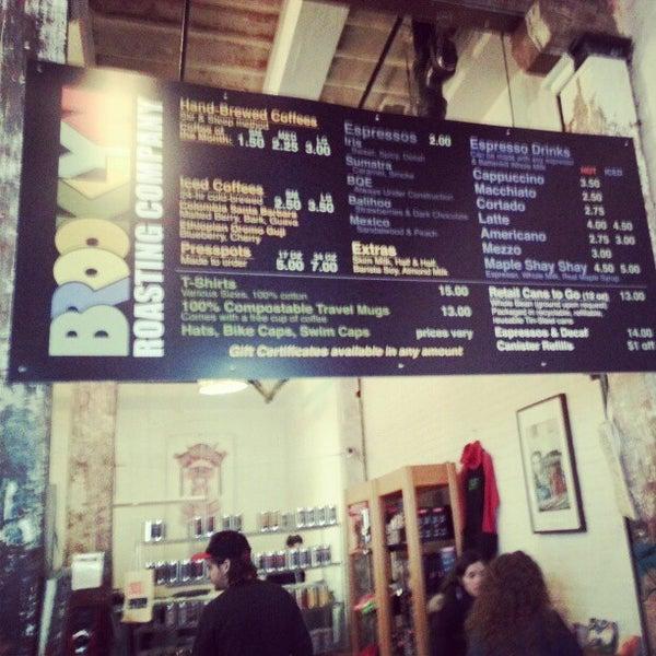 Das Foto wurde bei Brooklyn Roasting Company von Sung Han K. am 12/7/2012 aufgenommen