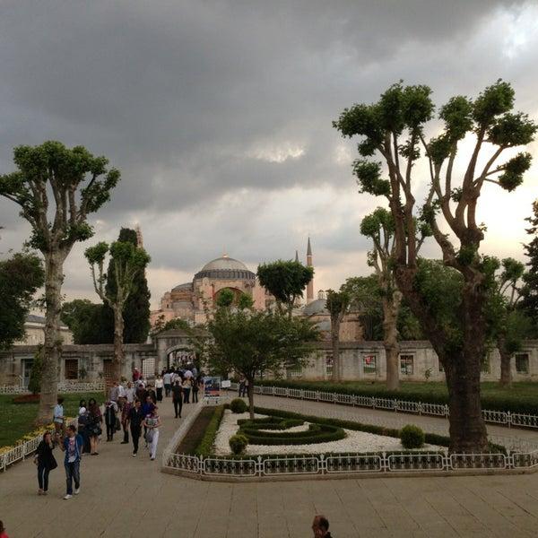 6/2/2013 tarihinde Vasiliy S.ziyaretçi tarafından Aquarium Hotel Istanbul'de çekilen fotoğraf