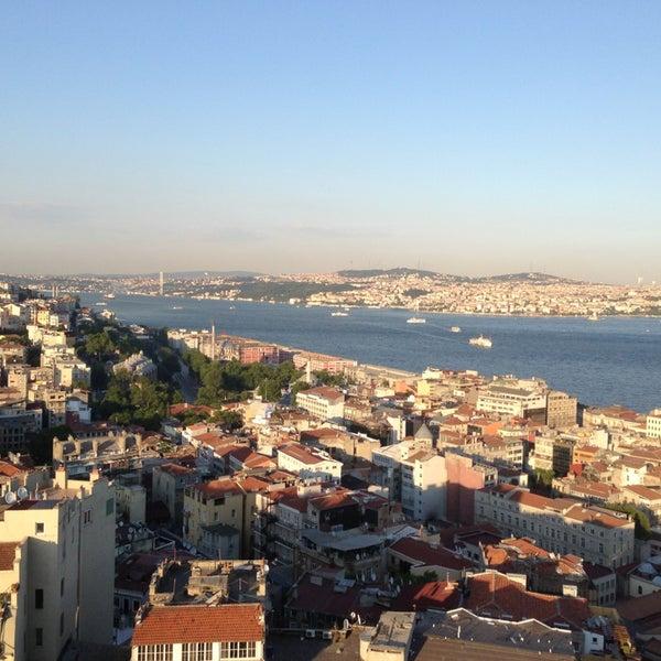 6/4/2013 tarihinde Vasiliy S.ziyaretçi tarafından Aquarium Hotel Istanbul'de çekilen fotoğraf
