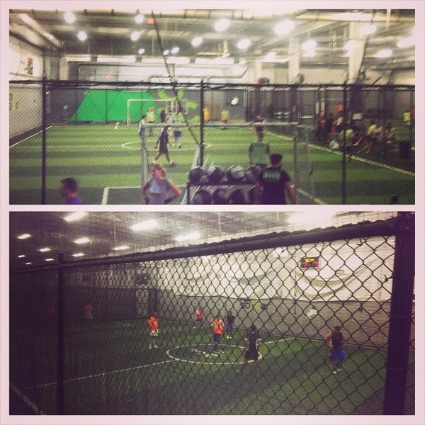 Revo Soccer Doral - Campo de fútbol en Doral 63a3a3d9f41
