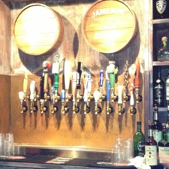 Foto diambil di Beer Authority NYC oleh Sun Y. pada 12/7/2012