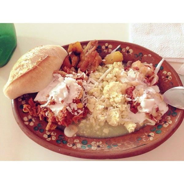 Pues bastante recomendable, comida casera 100% Sábados y domingo bufete de huevito en salsa verde, chilaquiles, papitas con chorizo, tortillas hechas a mano. ¡Recomendado!
