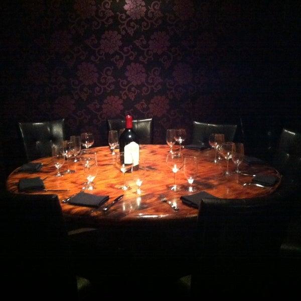 1/17/2014에 Labinot K.님이 Angus Club Steakhouse에서 찍은 사진