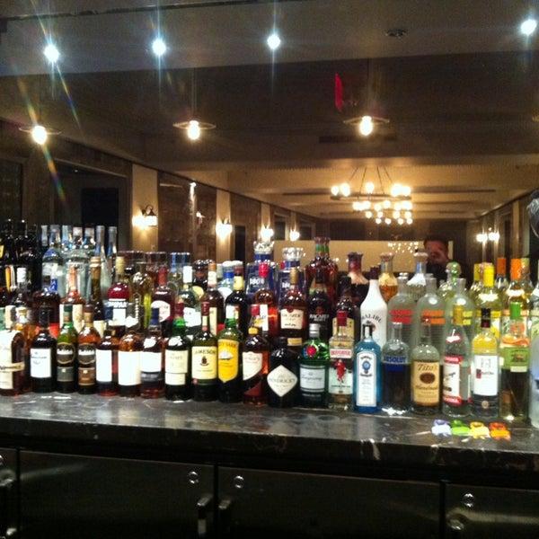 1/9/2014에 Labinot K.님이 Angus Club Steakhouse에서 찍은 사진