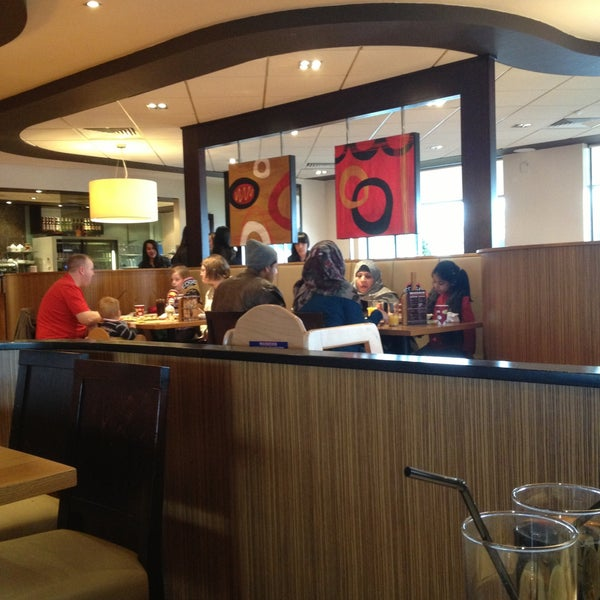 Photos At Pizza Hut Wednesfield 4 Tips