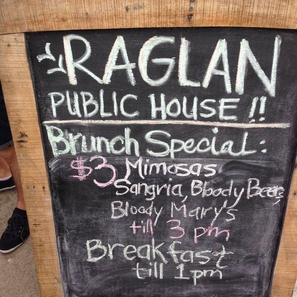 Das Foto wurde bei Raglan Public House von Tim C. am 6/2/2013 aufgenommen