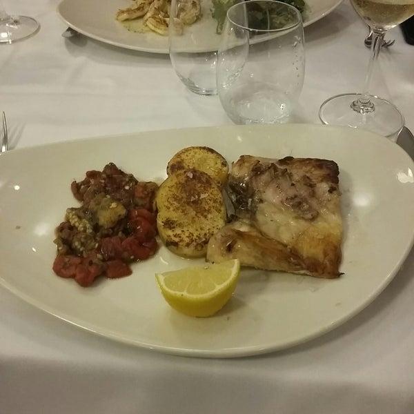 Foto tomada en Carballeira Restaurant por Artem N. el 8/27/2018