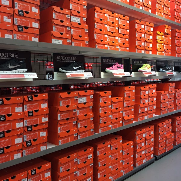 check out a9d32 e232c nike factory store the style outlets italy vicolungo ...