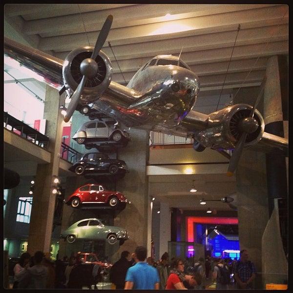 6/16/2013 tarihinde Gabriela B.ziyaretçi tarafından Science Museum'de çekilen fotoğraf