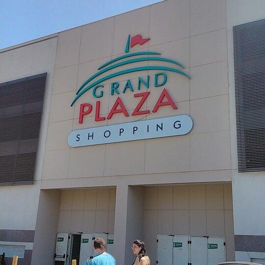 Das Foto wurde bei Grand Plaza Shopping von Fábio N. am 9/14/2013 aufgenommen