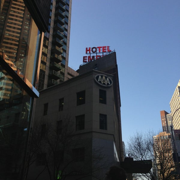 Снимок сделан в The Empire Hotel пользователем Nadia U. 4/5/2013