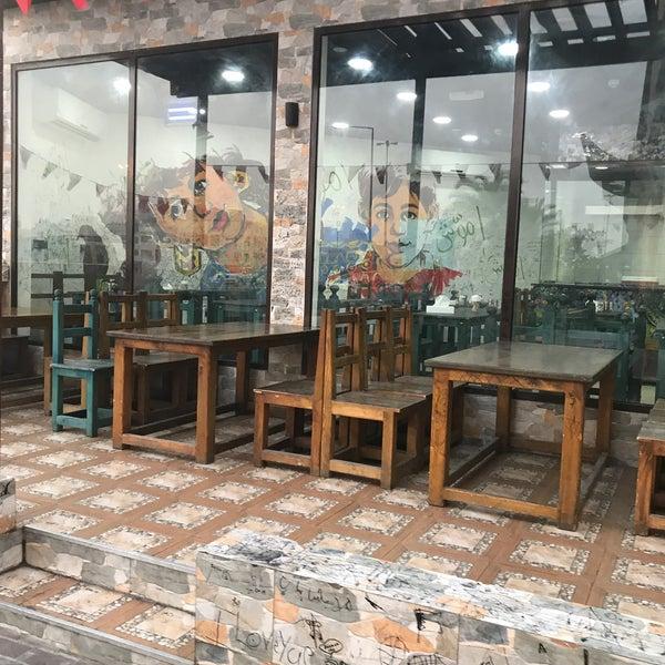 Foto tomada en Emmawash Traditional Restaurant | مطعم اموش por Ali T. el 2/24/2020
