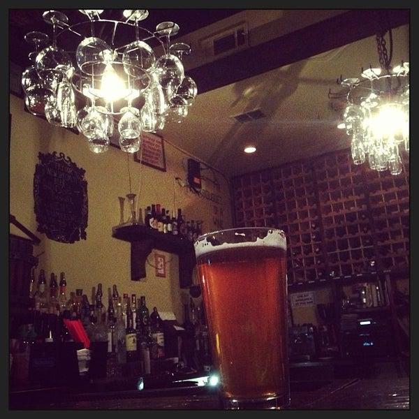 9/30/2013에 Cecilia C.님이 RaR Bar에서 찍은 사진