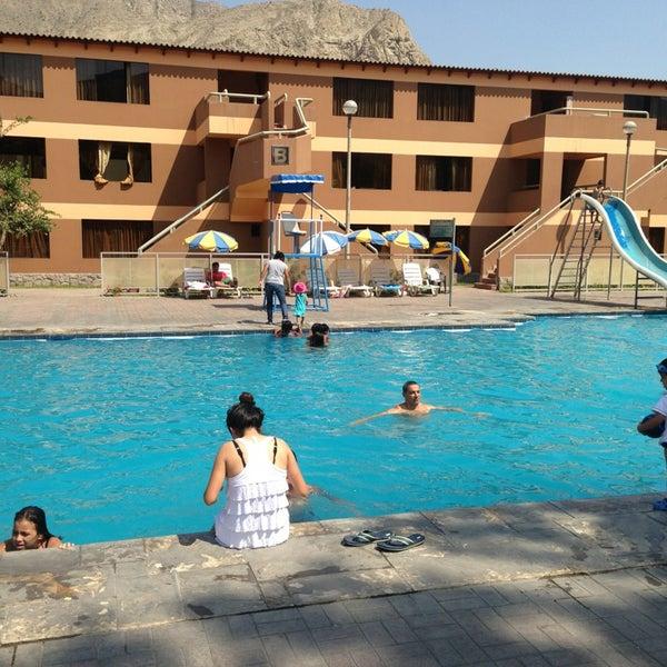 Club pnp afobiso piscina en cieneguilla for Piscina n club